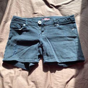 Black jean short